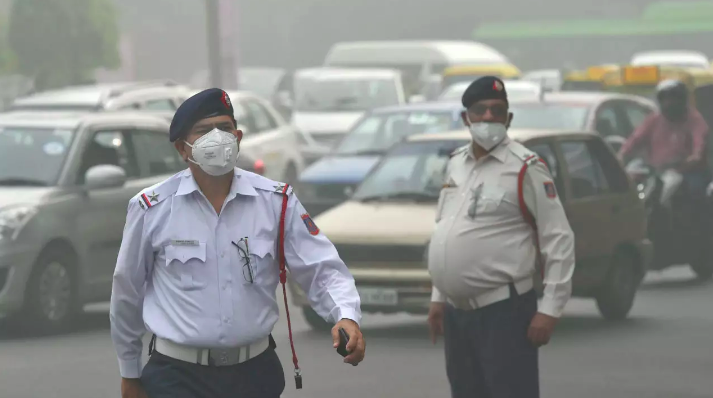 Air quality in delhi remains poor, may deteriorate further