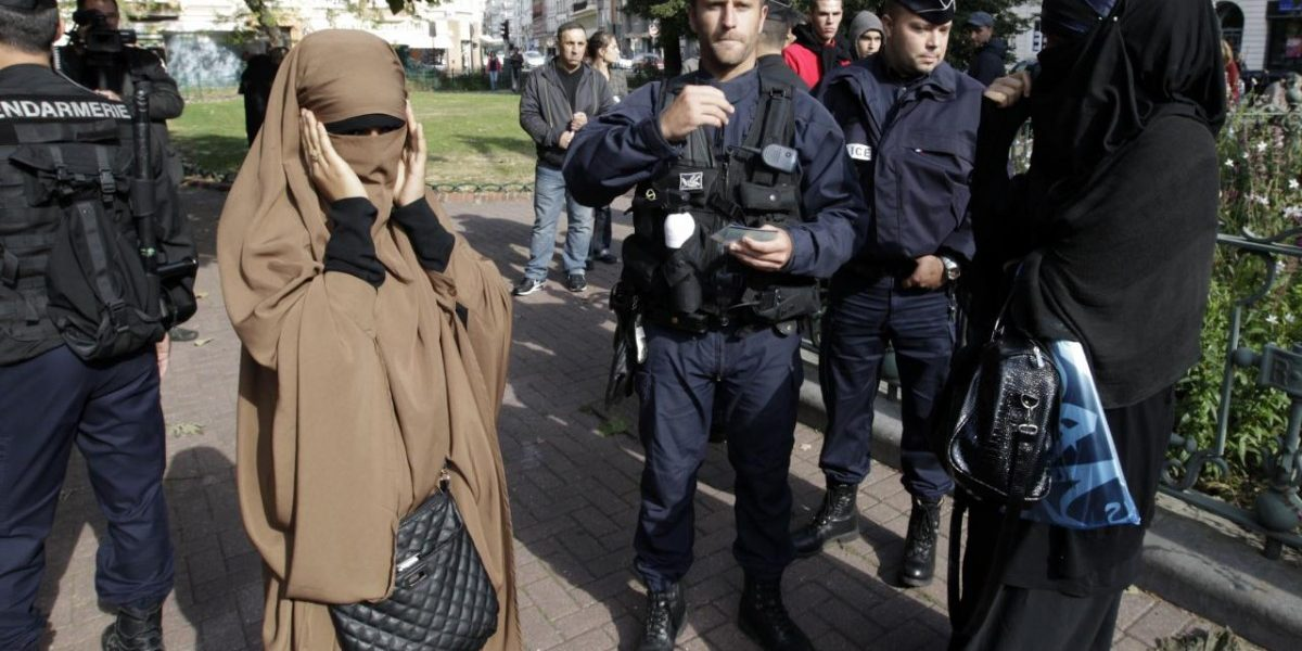United Nations  declares France's niqab ban is illegal