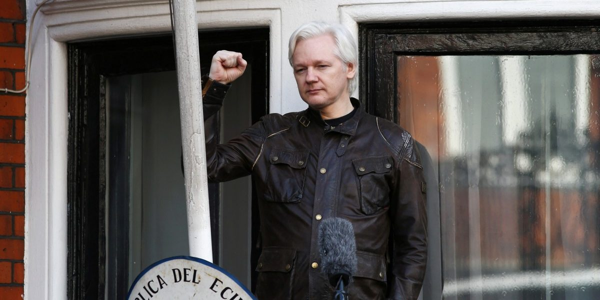 US Requests Extradition of WikiLeaks Founder Julian Assange