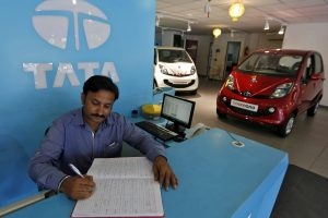 After Dull Festive Season, Car Sales Remain Mute on High Interest Rates