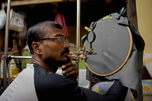 Meet Bapi Das, an Artist Whose Vision Is Moulded by His Life as an Autorickshaw Driver