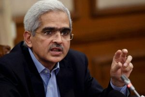 Need Coordinated Action From Centre, States to Reduce Taxes on Fuel Prices: RBI Governor