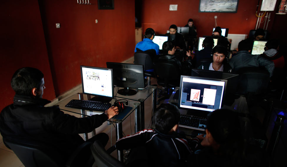 Centre Raps State Governments Over Unwarranted Internet Shutdowns