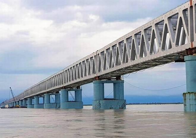 Bogibeel Bridge Threatens Livelihoods of Brahmaputra Boatmen Ferrying People and Goods