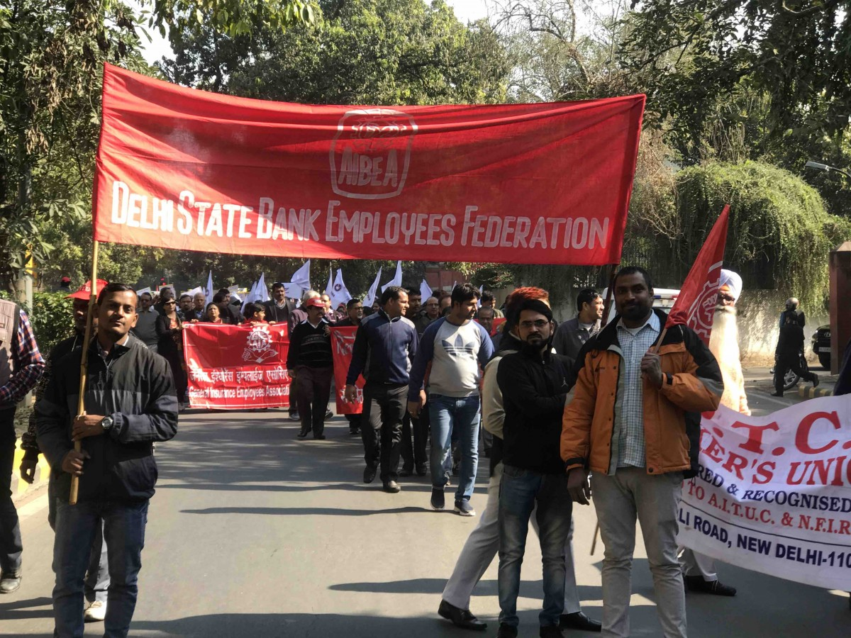 Workers' rally in New Delhi from Mandi House to Parliament Street. Credit: Akhil Kumar