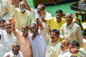 Try As it May, BJP Doesn't Have the Numbers to Topple Karnataka'sCongress-JD(S) Alliance