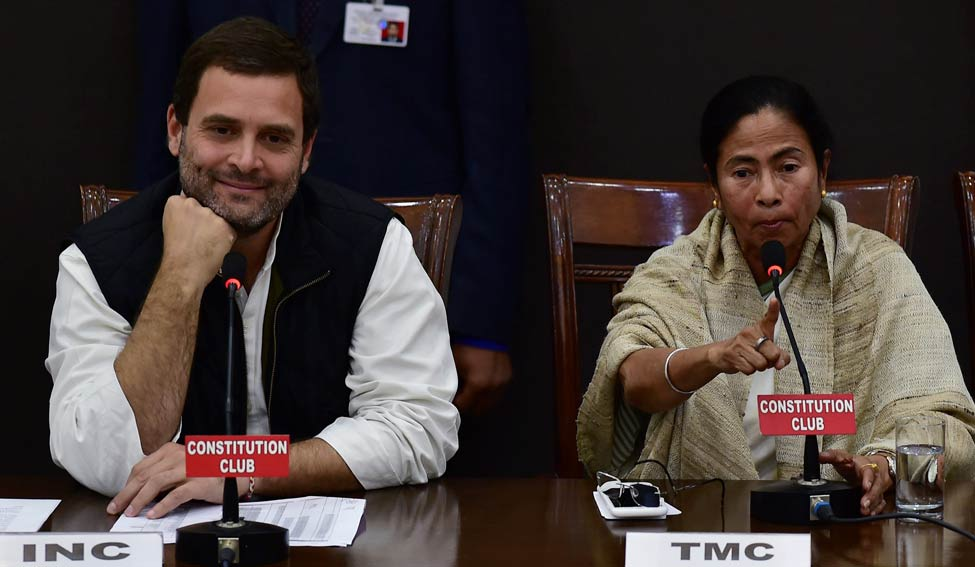 'Entire Opposition Is United,' Rahul Tells Mamata on Eve of Grand Anti-BJP Rally