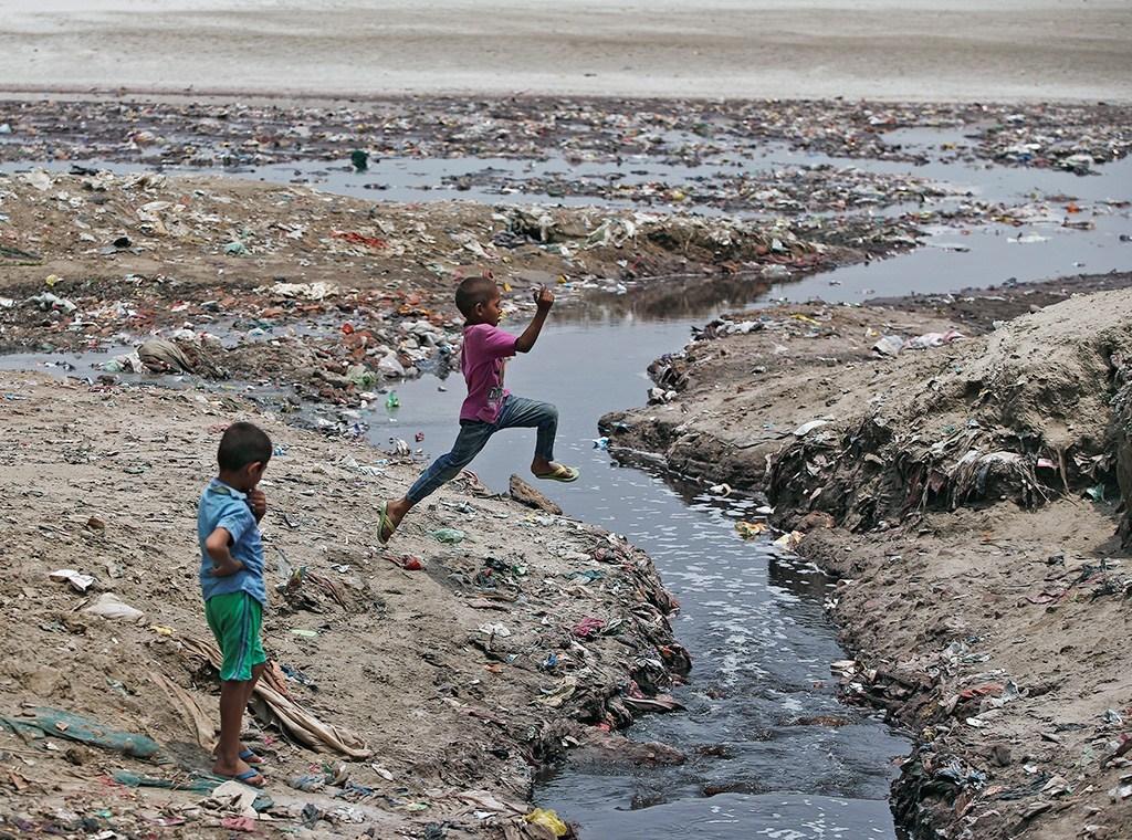 nirmalta, aviralta, Ganga river, Indo-Gangetic basin, GD Agarwal, Prime Minister Narendra Modi, Ardh Kumbh Mela, Yogi Adityanath, 2019 Lok Sabha elections, National Ganga Council, Indian National Congress, Varanasi, Priyanka Gandhi, Indira Gandhi, Rajiv Gandhi,
