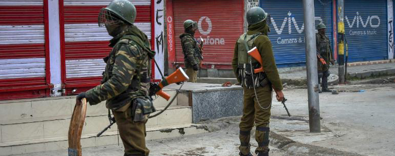 Life Disrupted in Kashmir as Separatists Call for Strike Against Polling