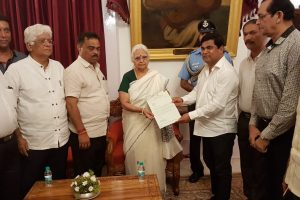 Congress MLAs Meet Goa Governor to Stake Claim to Form Government