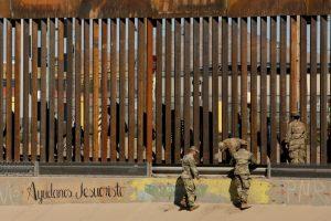 FBI Arrests Leader of Armed Group Detaining Migrants at US-Mexico Border