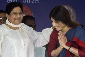 Mayawati and Dimple Yadav Shared a Socially Transformative Moment on Stage
