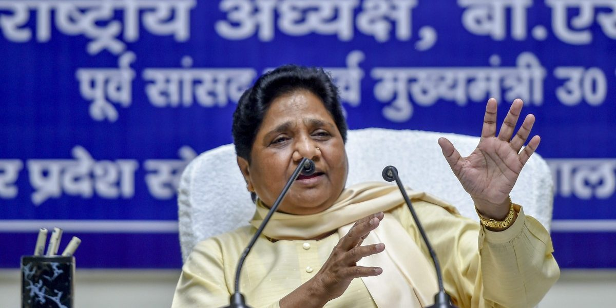 UP: Mayawati's Birthday Resolution to Go Alone in 2022 Election Will Encourage BJP