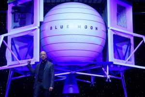 Jeff Bezos Unveils Moon Lander Mockup, Embraces Trump's Lunar Timetable