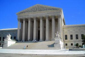 US Supreme Court Refuses States' Bid to Block Trump Immigration Policy During Pandemic