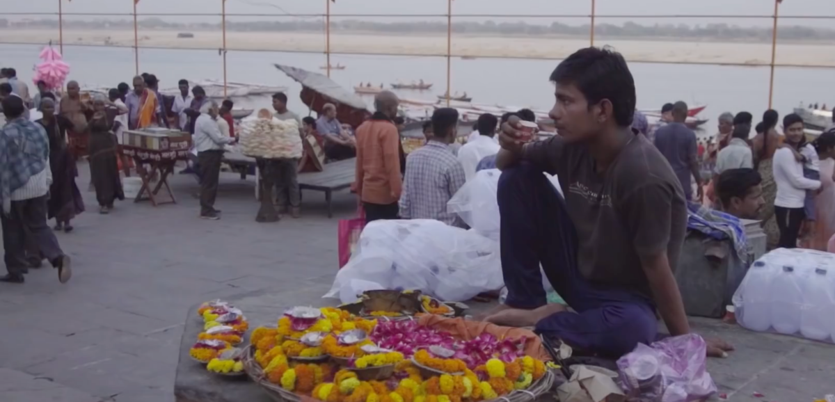 Watch | Kashi Corridor: Small Vendors Forced to Shut Shop and a Dalit Colony Destroyed