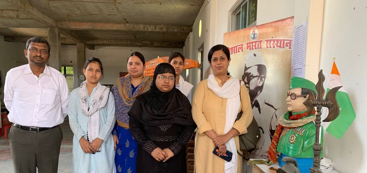 In Varanasi, Media Made Two RSS-Backed Muslim Women the Voice of the Community