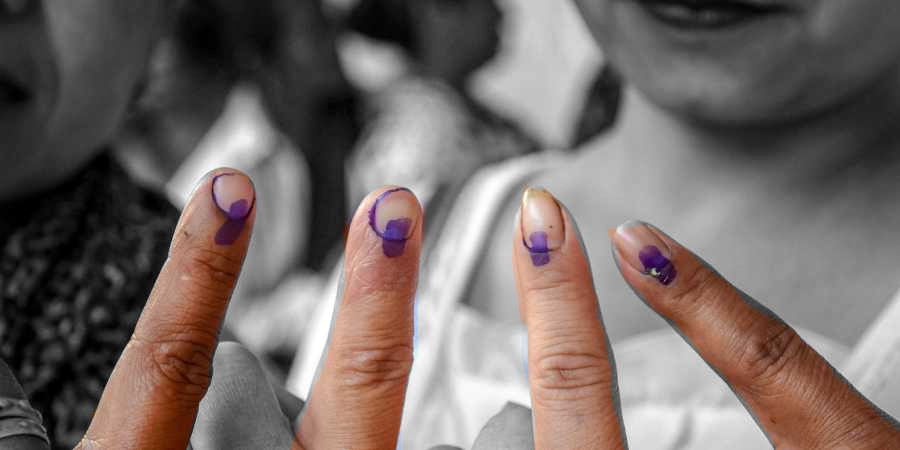 Had the lone election commissioner's dissent been made public, then surely voters and their voting would have been influenced. Photo: PTI