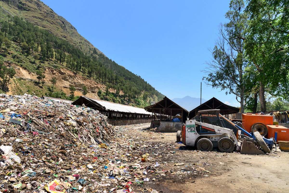 The Kullu municipal council's waste disposal site in Pirdi. It was poorly managed and had to be closed. The site had originally been planned with sufficient compositing pits and an incinerator to burn non-biodegradable and non-recyclable waste. Photo: Kanika Bansal