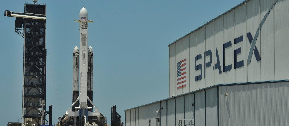 SpaceX Launches Falcon Heavy Rocket Carrying 24 Experimental Satellites