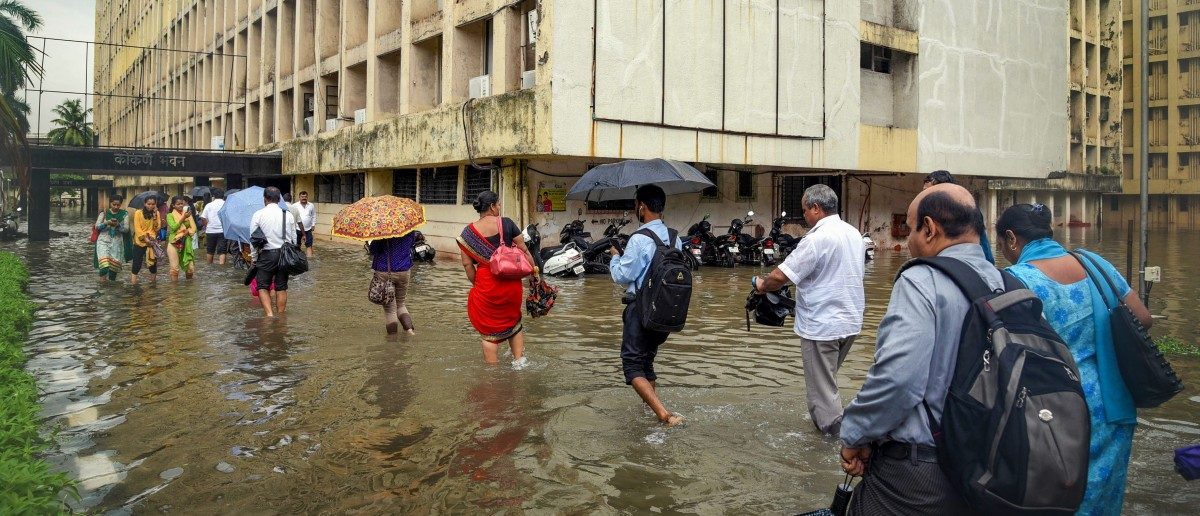 Mumbai Rains: Death Toll in Wall Collapse Rises to 22; Opposition Criticises Govt