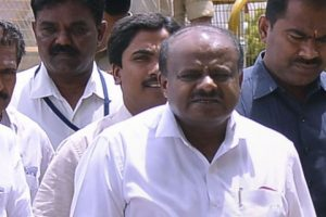 Karnataka: Kumaraswamy Seeks Trust Vote; SC Directs Speaker to Maintain Status Quo
