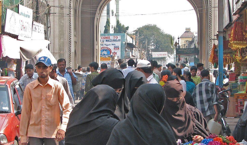 Kolkata: Woman Threatened for Attending Hanuman Chalisa in Hijab