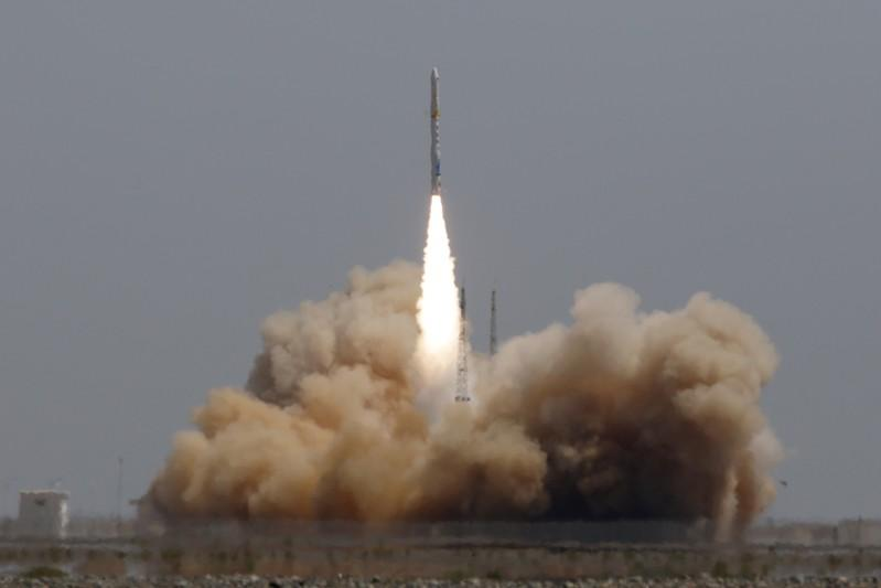 China makes first successful private orbital rocket launch | AP business