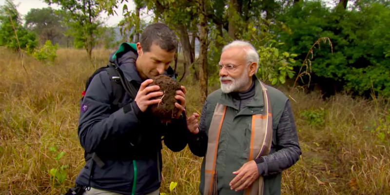 From Discovery, a Glimpse of What Modi Was Doing on the Day of Pulwama - The Wire thumbnail