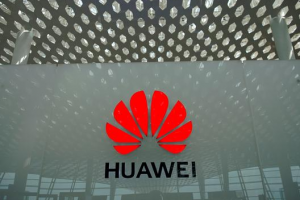 China Warns India of 'Reverse Sanctions' If Huawei Is Blocked: Sources