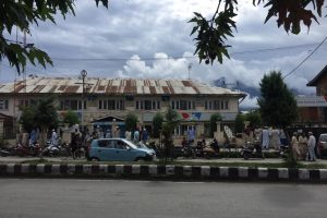 Ground Report: Angry Kashmir Empty on Eid as Restrictions Return to Srinagar