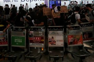 UN Urges Hong Kong to Use Restraint, Investigate Excessive Force Against Protesters