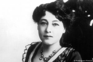 Rediscover the First Woman of Film History: Alice Guy