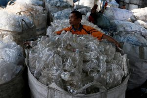 Plastic Particles in Drinking Water Present 'Low' Health Risk: WHO