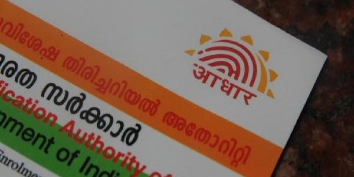 Now, Law Ministry Considering EC Proposal to Collect Aadhaar Numbers of Voters