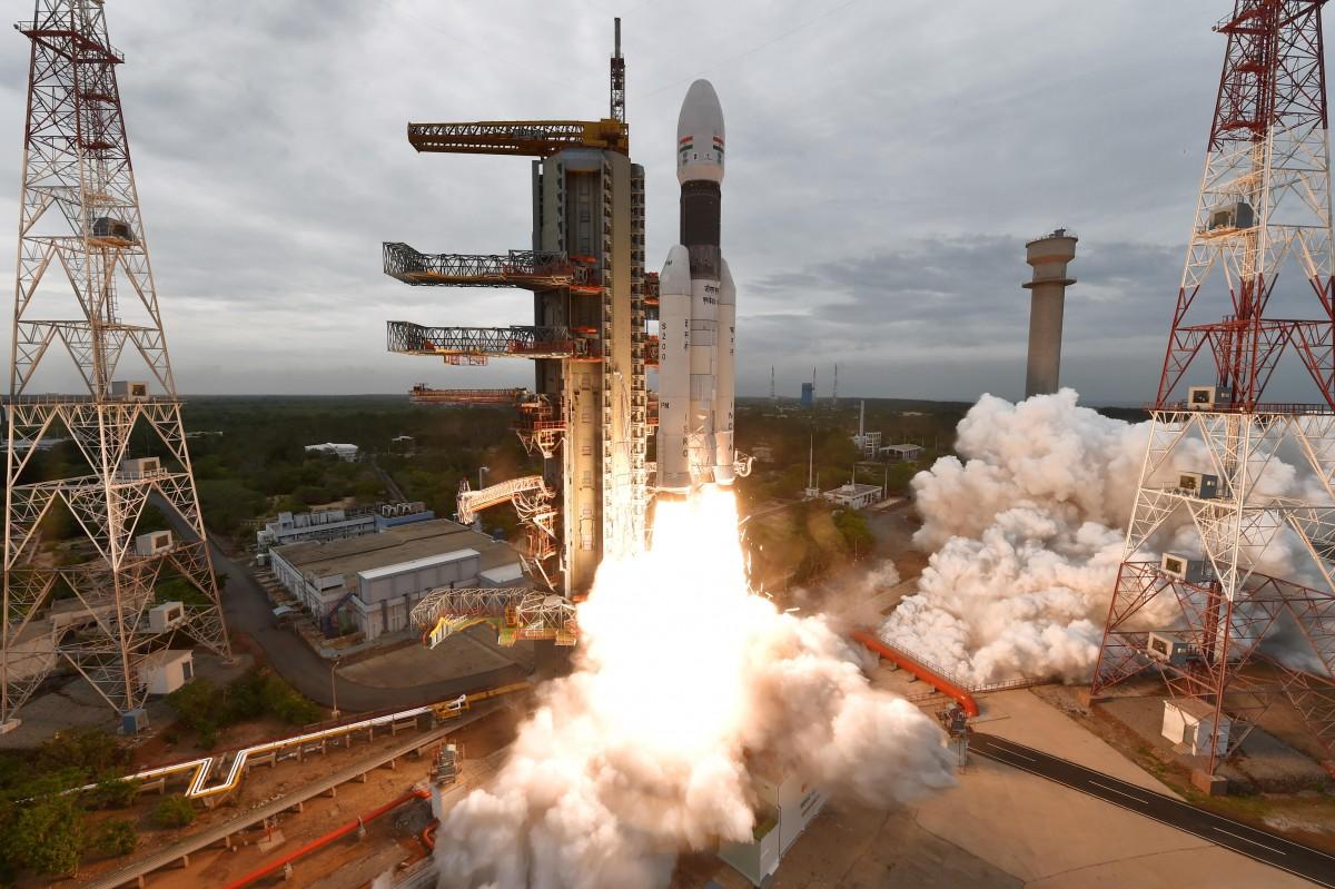 Chandrayaan, Chandrayaan 1, Chandrayaan 2, chandrayaan 2 landing, chandrayaan 2 landing live, chandrayaan 2 landing time, chandrayaan 2 live, chandrayaan 2 rover, chandrayaan 2 rover name, chandrayaan 2 update, Chandrayaan-2 news, chandrayan, chandrayan 2, chandrayan 2 landing, Dehradun, ISRO, isro chandrayaan 2 moon landing, isro live, isro moon landing, Kalpana Chawla, live chandrayaan 2, NASA, nasa full form, Shillong, Vikram lander,