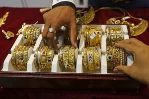 India's August Gold Imports Slump to Three-Year Low as Prices Hit Record High