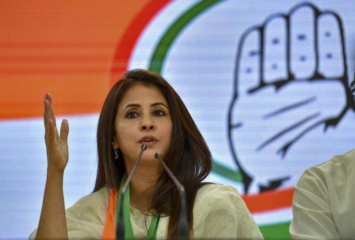 Maharashtra: Urmila Matondkar, Kripashankar Singh Quit Congress Ahead of Polls