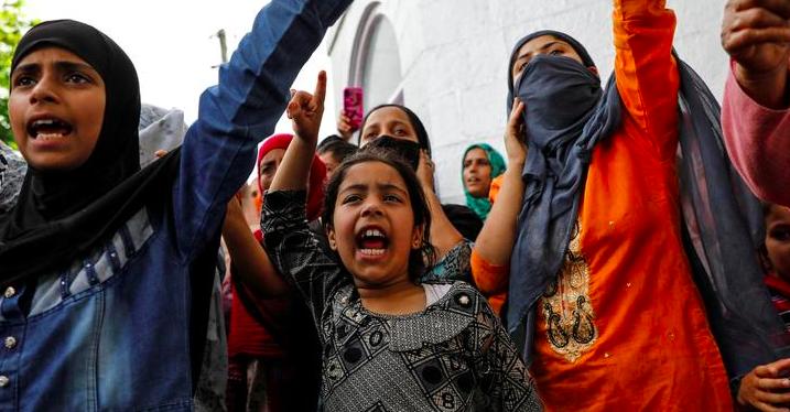 'Urgent, Disturbing': PIL in SC on Kashmir Children 'Illegally Detained, Maimed'
