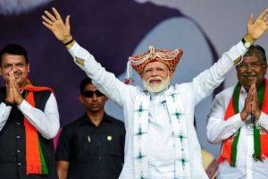 'We Have to Hug Each Kashmiri, Create New Paradise,' Says Modi At Nashik Rally