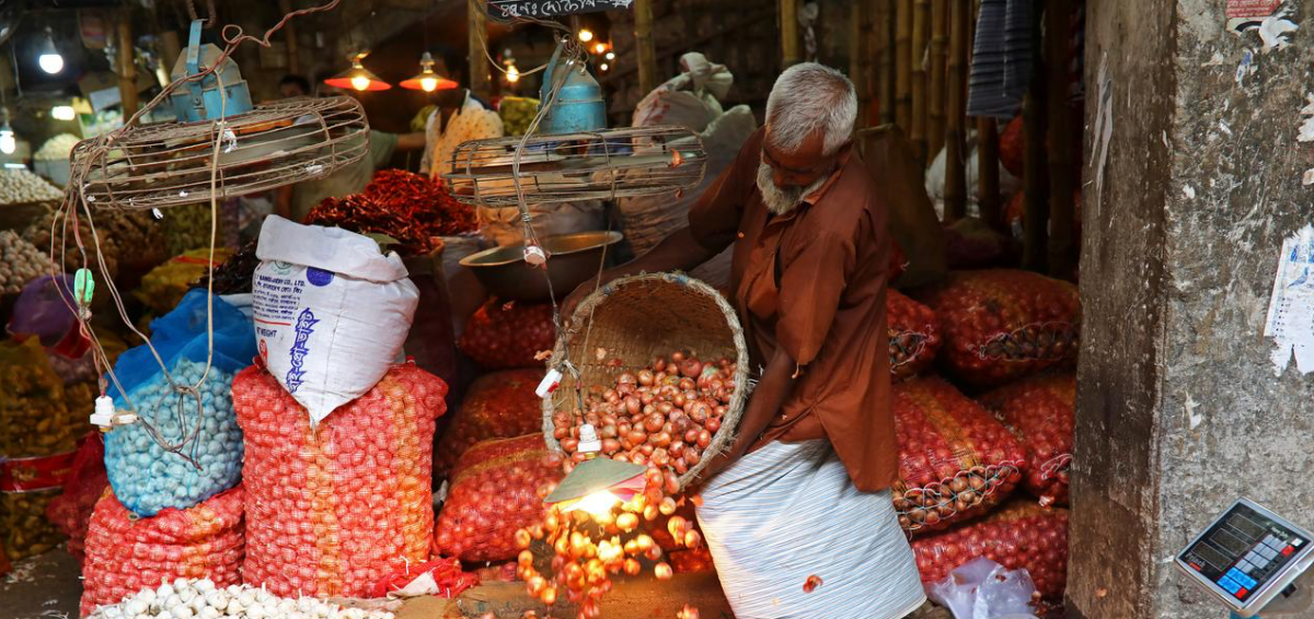 Indian Onion Export Ban Likely to Disrupt the Market in Bangladesh