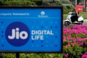TRAI's Regulatory Confusion Pushes Reliance Jio Into Charging for Voice Calls