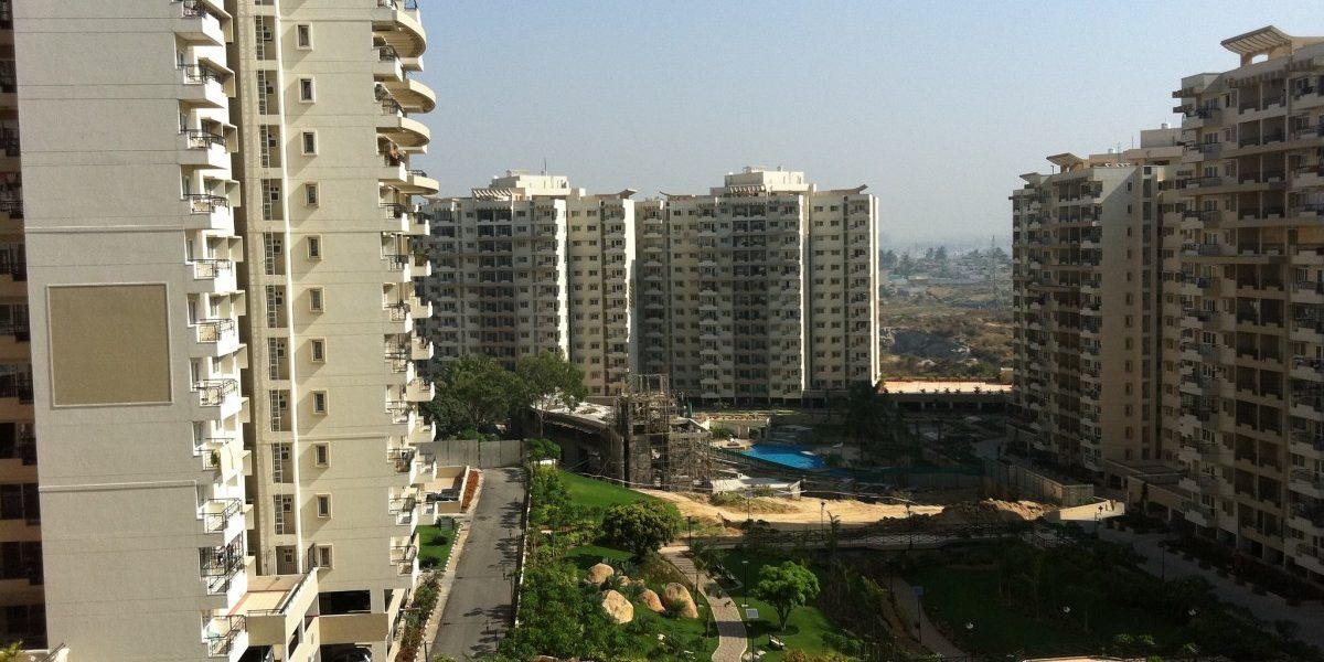 Bengaluru Apartment Complexes Plan to Ban Bengali Speaking Migrant Workers
