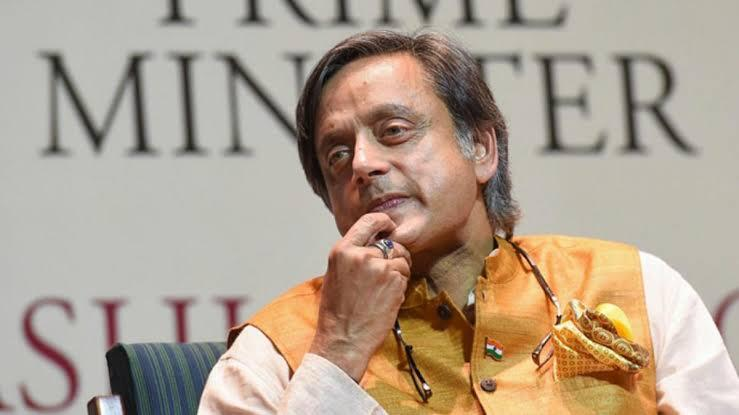 Facebook Hate Speech Row: Can BJP MPs Oust Tharoor as the Parliamentary IT Panel Head?