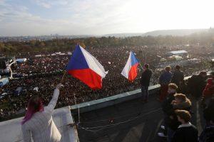 Prague: Anti-Government Protests Mark Anniversary of Velvet Revolution