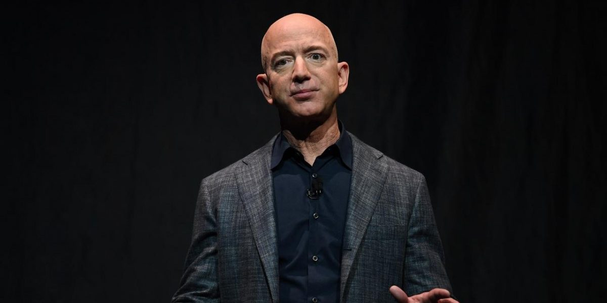 Jeff Bezos' Vision of the Future Is Basically 'Blade Runner'