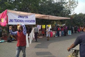 With JNU Protests Still on, Teachers Go on a One-Day Hunger Strike