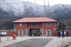 As Lockdown Continues, Foreign Envoys Land in Kashmir to 'Assess' Situation