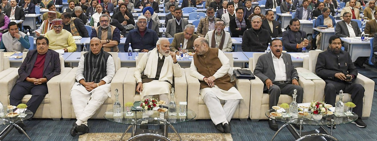 PM Wants Ministers to 'Make Up for Lost Time' in J&K, Says No Political Comments