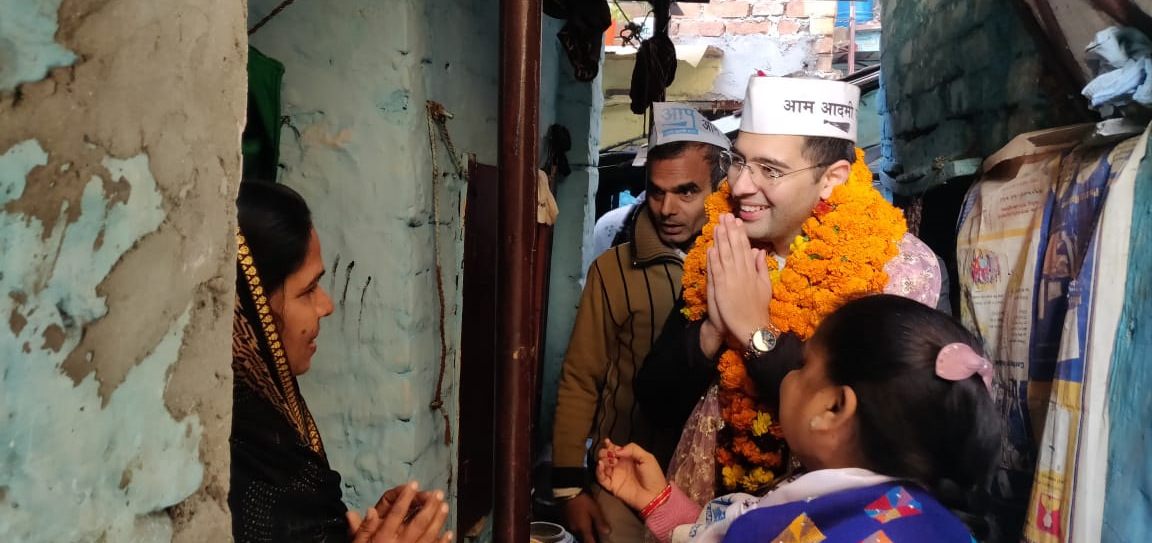 In Delhi's Rajinder Nagar, Free Water, Electricity Give AAP an Edge in Polls